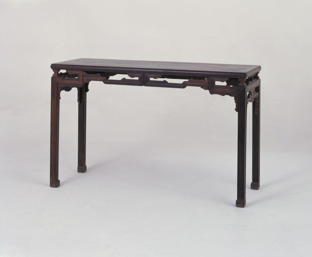 红木云纹长桌 故宫博物院